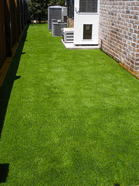 artificialturfdogrun  Synthetic Grass Pros