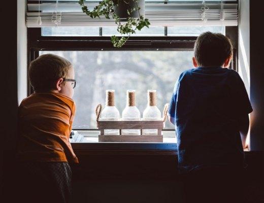 Jak wychowywać chłopców z dala od stereotypów? (wywiad)