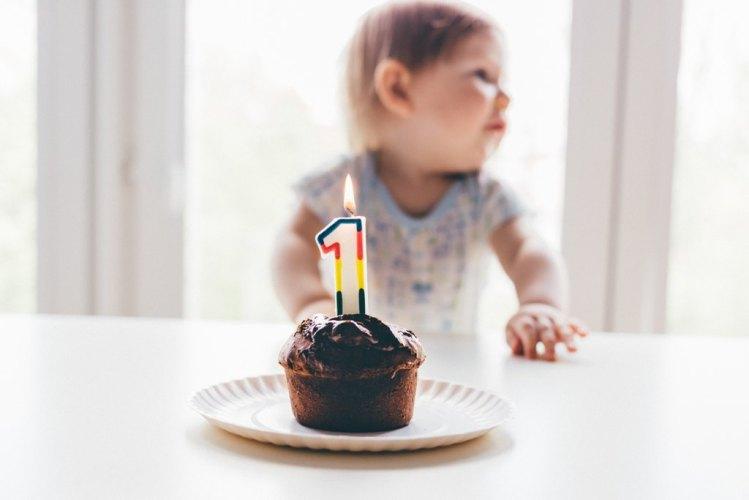 Pierwsze urodziny dziecka, roczek