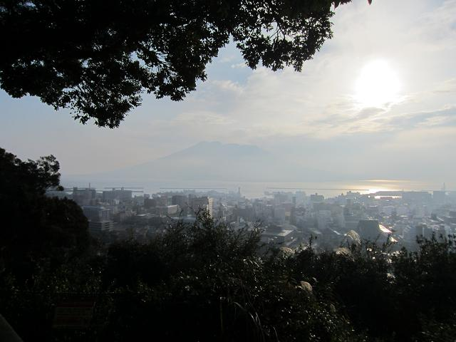 2日目!朝!遠くに桜島が見える!