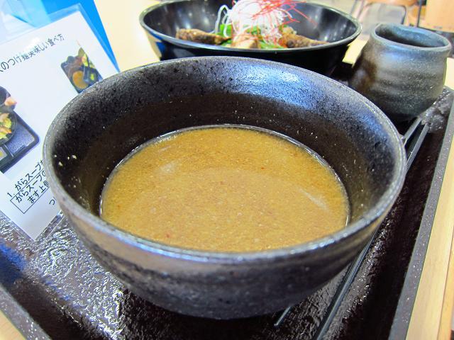 南国SA(上り) 四万十鶏・大人のつけ麺 スープ・アップ