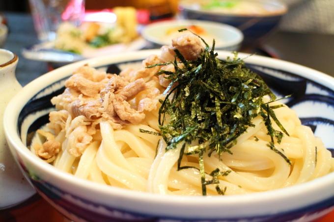坂本屋土佐山饂飩の肉ぶっかけ大盛