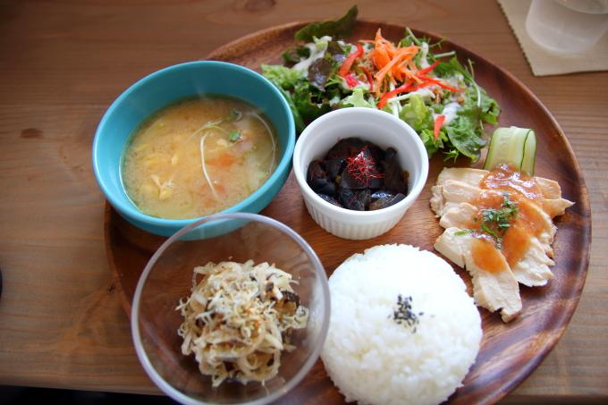 カフェ「トキイロ」高知に新たなおしゃれランチの店がオープン