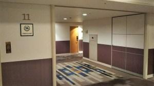 11階エレベーター前