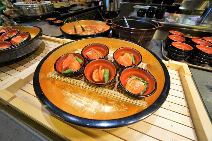 赤野菜のサラダ柚子ポン酢