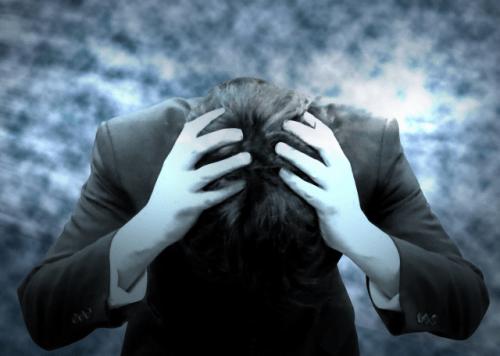 うつによる倦怠感や眠気・吐き気の原因と解消・改善法は?
