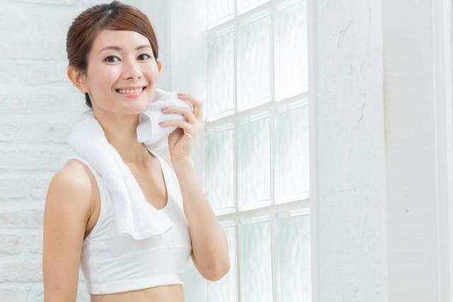 手や顔・頭あるいは全身の汗かきは多汗症かも?症状や治療法