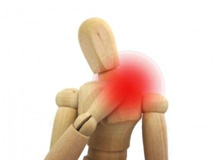 五十肩の症状は痛み?原因やストレッチなど治す方法