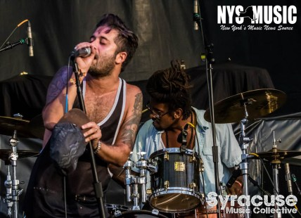 chris-besaw-riot-fest-day-1-glassjaw 7