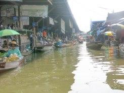 Boat selling in floating market