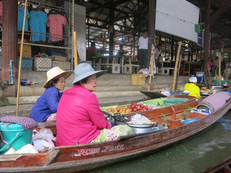 Aunties selling their fruits on their boats ^^