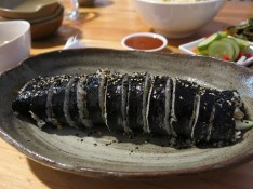 Kimbab (rice roll)