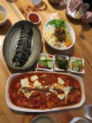 These are Korean street food I tried
