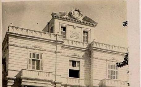 عمرو الملاّح : مبنى بلدية حلب التاريخي