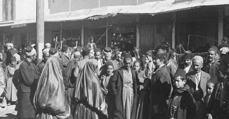 دمشق- سوق الخجا والحركة التجارية أمام السوق مطلع القرن العشرين