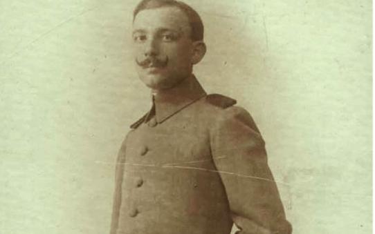 عفيف الصلح في الجيش العثماني عام 1908