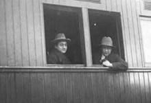 حمص 1929: راكبان في القطار الدولي .. بيروت - حمص - حلب - اسطنبول