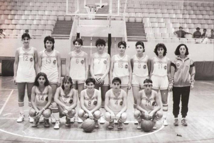منتخب سورية بكرة السلة للآنسات المشارك بدورة العاب البحر الابيض المتوسط عام 1987