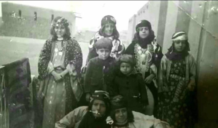 فتيات عرب وشركس من الرقة بداية أربعينيات القرن الماضي