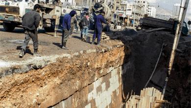 مد الأنابيب في القناة المائية لقلعة دمشق (1)