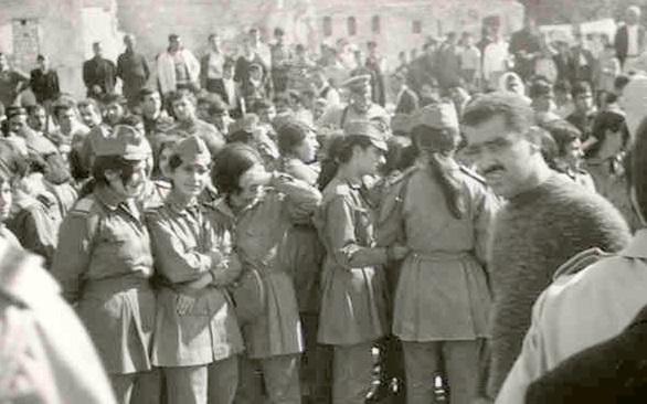 حلب 1969- طالبات الفتوة في مسيرة استنكار ضرب العمل الفدائي في لبنان (3)