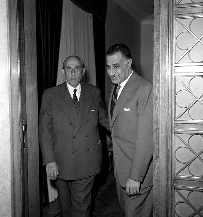 اجتماع شكري القوتلي مع جمال عبد الناصر 1961 (3)