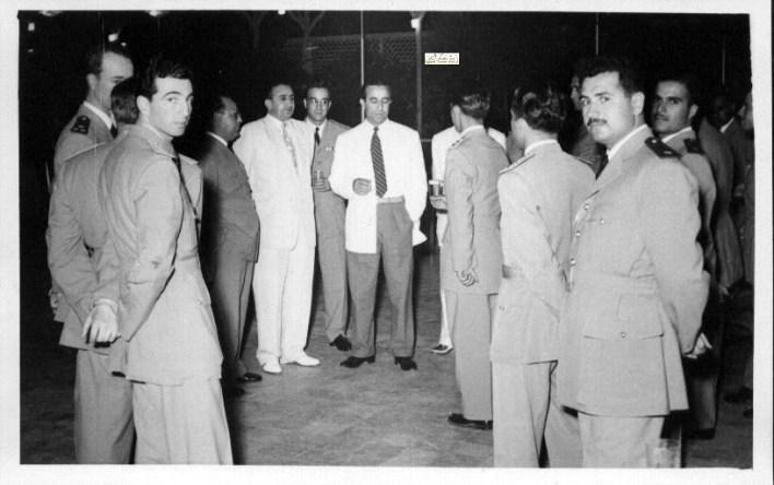 في ذكرى دورة آمر فصيل نقل وضابط آليات عام 1954  (2)