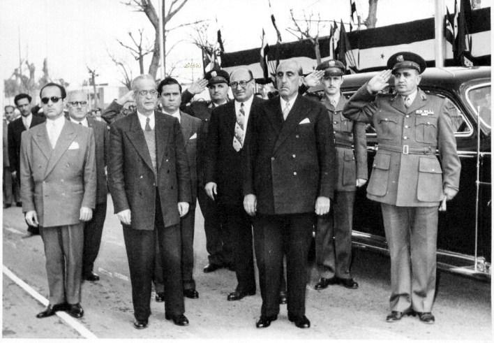شكري القوتلي وأحد الضيوف وصبري العسلي واللواء توفيق نظام الدين 1956