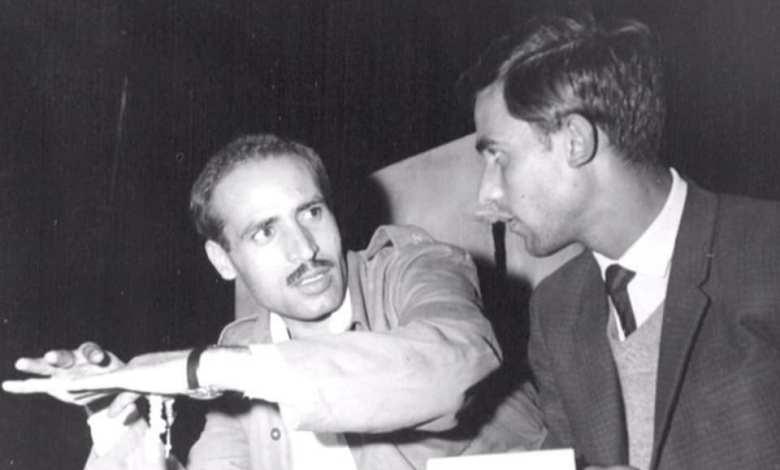نصر شمالي يستمع إلى شرح المهندس محمود الزعبي عام 1964