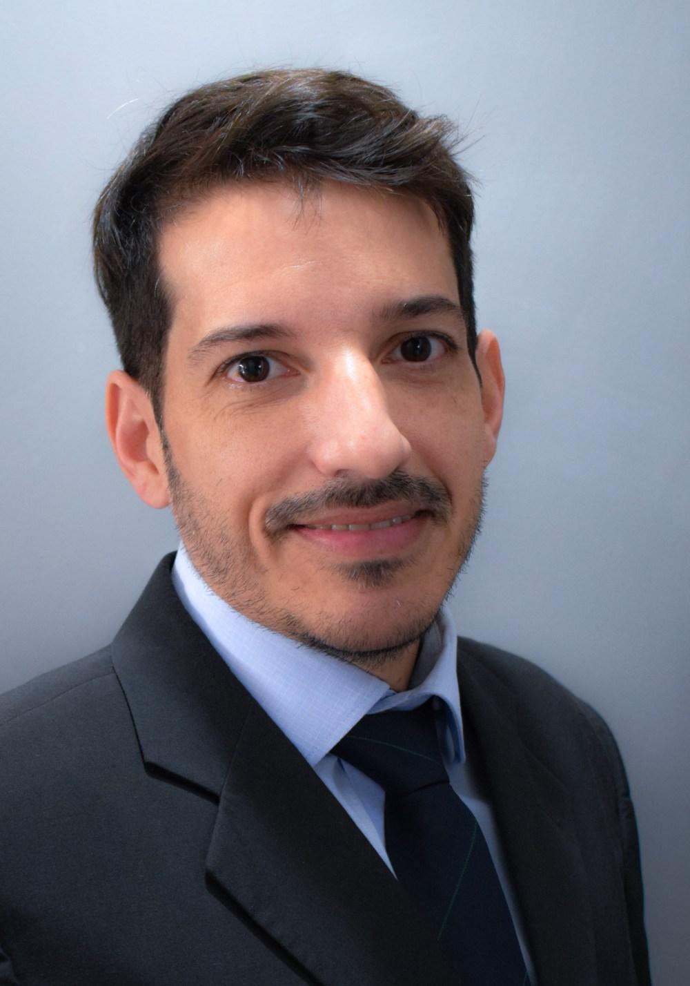 medium resolution of professor rodrigo de souza explains why his research group chose continuous flow