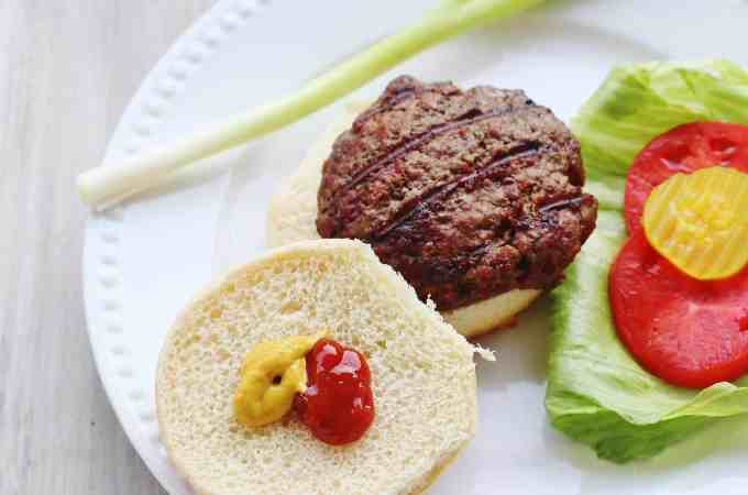 Homemade Grilled Hamburger (2)