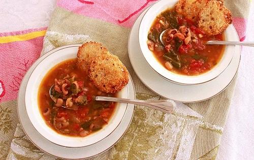 Blackeye Pea and Collard Green Soup
