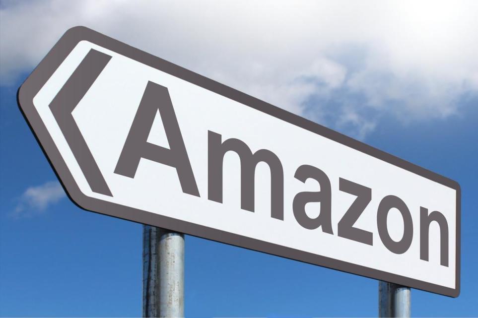 Amazon punta alle automobili che si guidano da sole