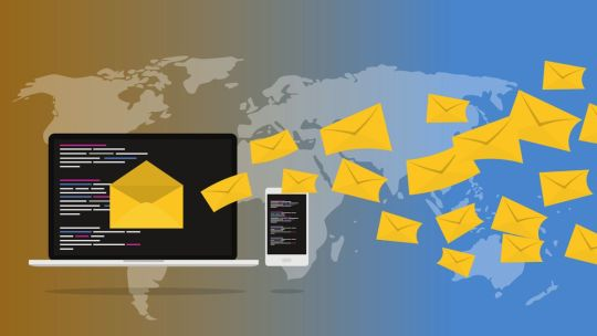 Come inviare una email a più destinatari nascosti