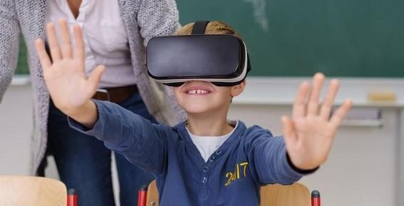 OCCHIALI VR: i caschi realtà virtuali per bambini più popolari su Amazon