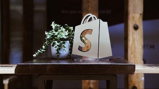 Come creare un negozio online per vendere su Shopify