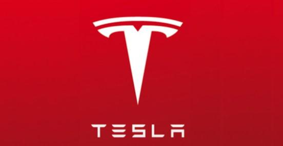 Tesla manda l'automobile Roadster su Marte