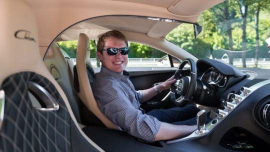 Questo youtuber ha rimesso in gioco il record dell'auto più veloce del mondo