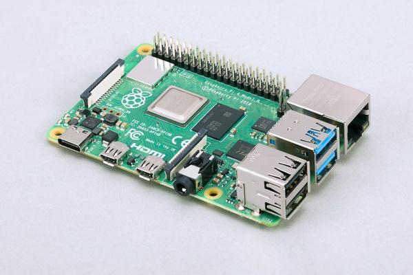 Costruire un sistema di infotainment per l'automobile con Raspberry Pi