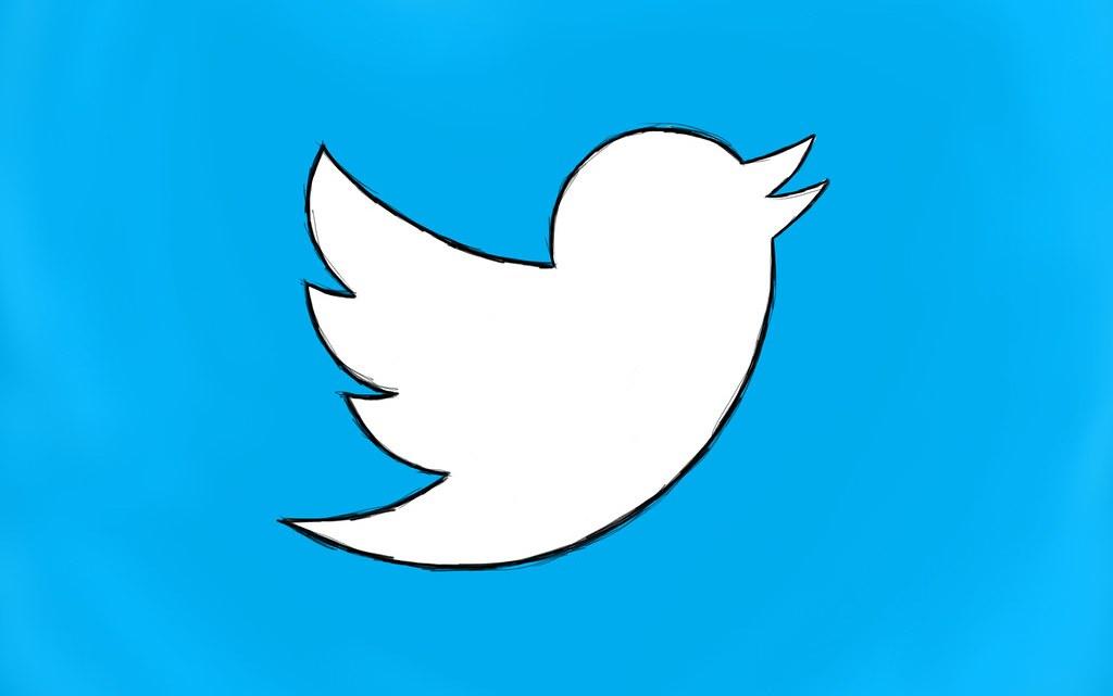 Come segnalare account spam e fake su Twitter