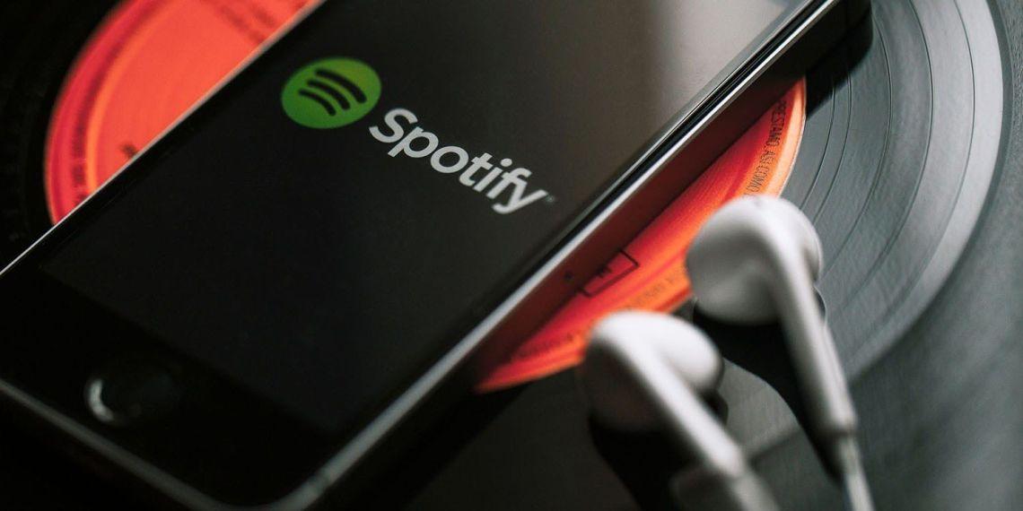 Come aggiungere brani ed inserire canzoni su Spotify