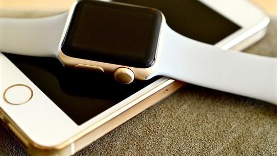 Si può sbloccare l'iPhone con Apple Watch senza WiFi?