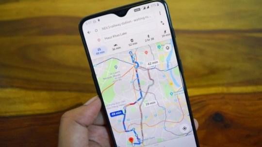 Como salvar rotas e navegar off-line no Google Maps