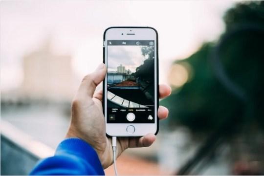 Como salvar imagens do Google Fotos no seu iPhone