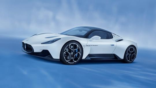 Автопокрышки Bridgestone «Potenza» изготовлены для Maserati MC20