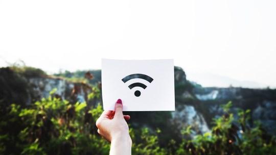 Как поделиться паролем Wi-Fi с помощью iPhone, iPad или iPod touch.