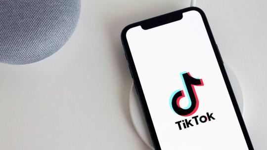 Как скачать видео из Tik Tok на телефон?