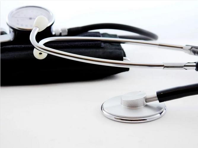 Samsung se asocia con Babylon Health para ofrecer consultas de IA
