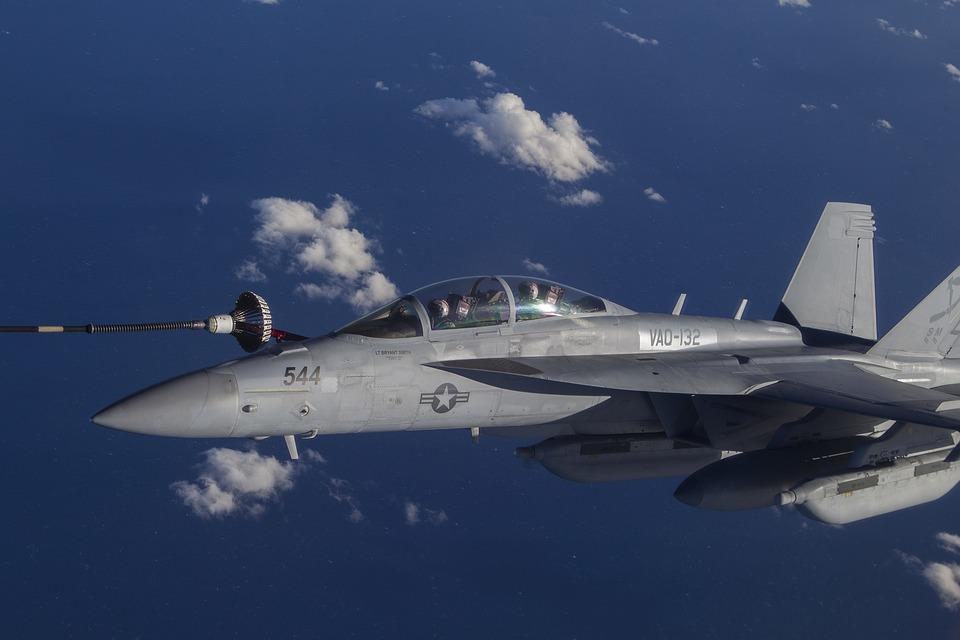 El caza no tripulado de la marina es un vistazo al futuro de la guerra
