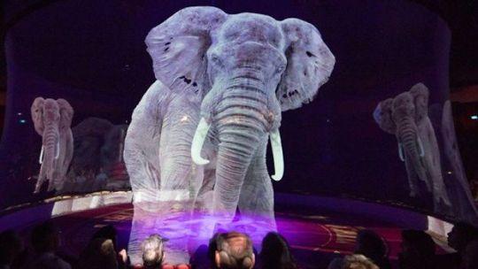 El circo que usa hologramas en lugar de animales